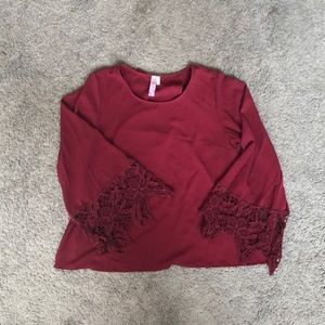 Maroon open back top w/ lace adorned bell sleeves